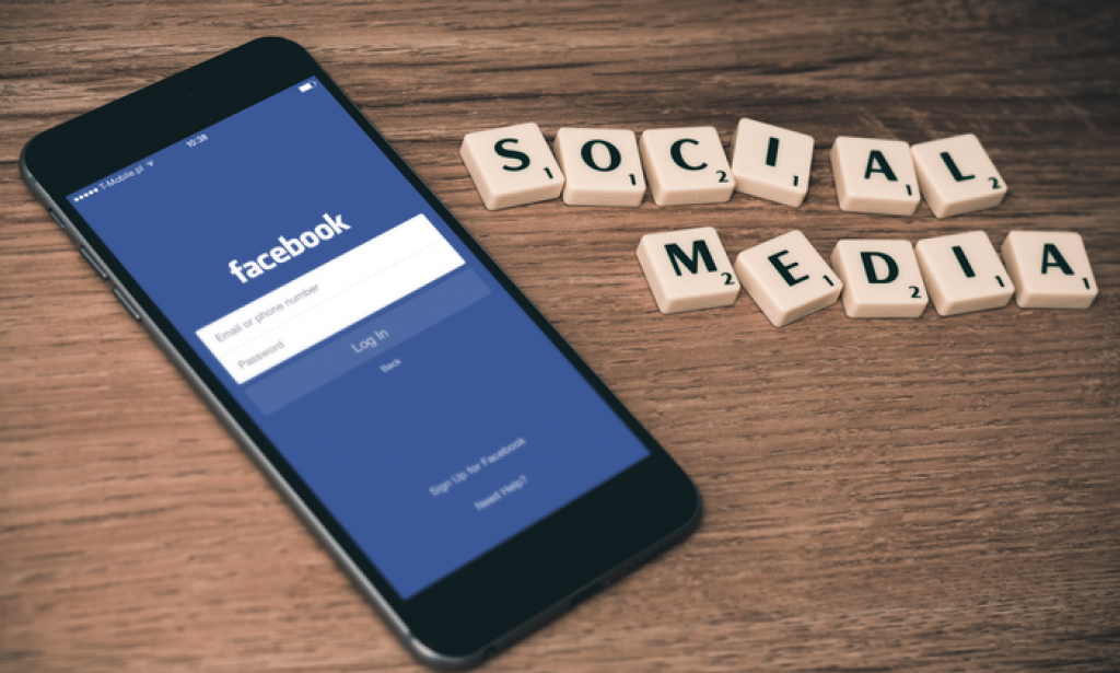 SOCIAL MEDIA:AN EFFECTIVE TOOL IN GROWING A BUSINESS